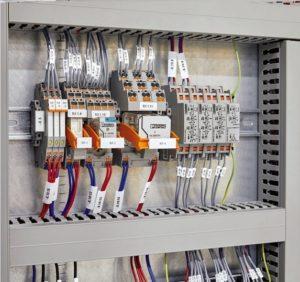 Materiali-per-la-siglatura-interno-esterno-quadri-elettrici